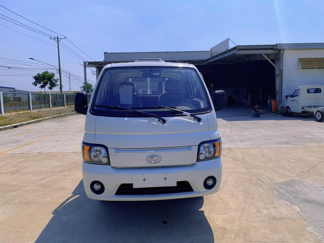 ngoại thất xe tải Tera 150