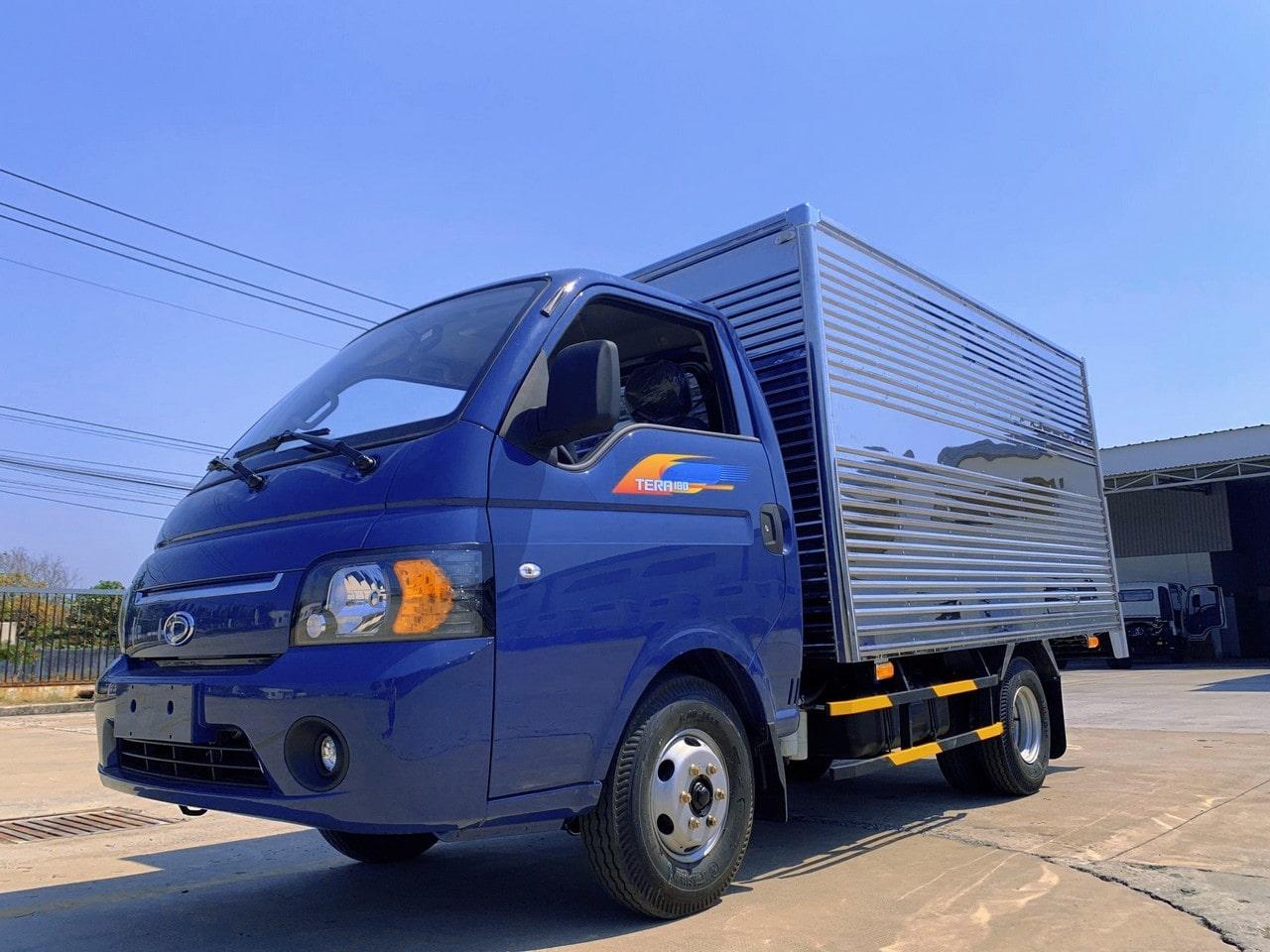 Ngoại thất xe tải Tera 180