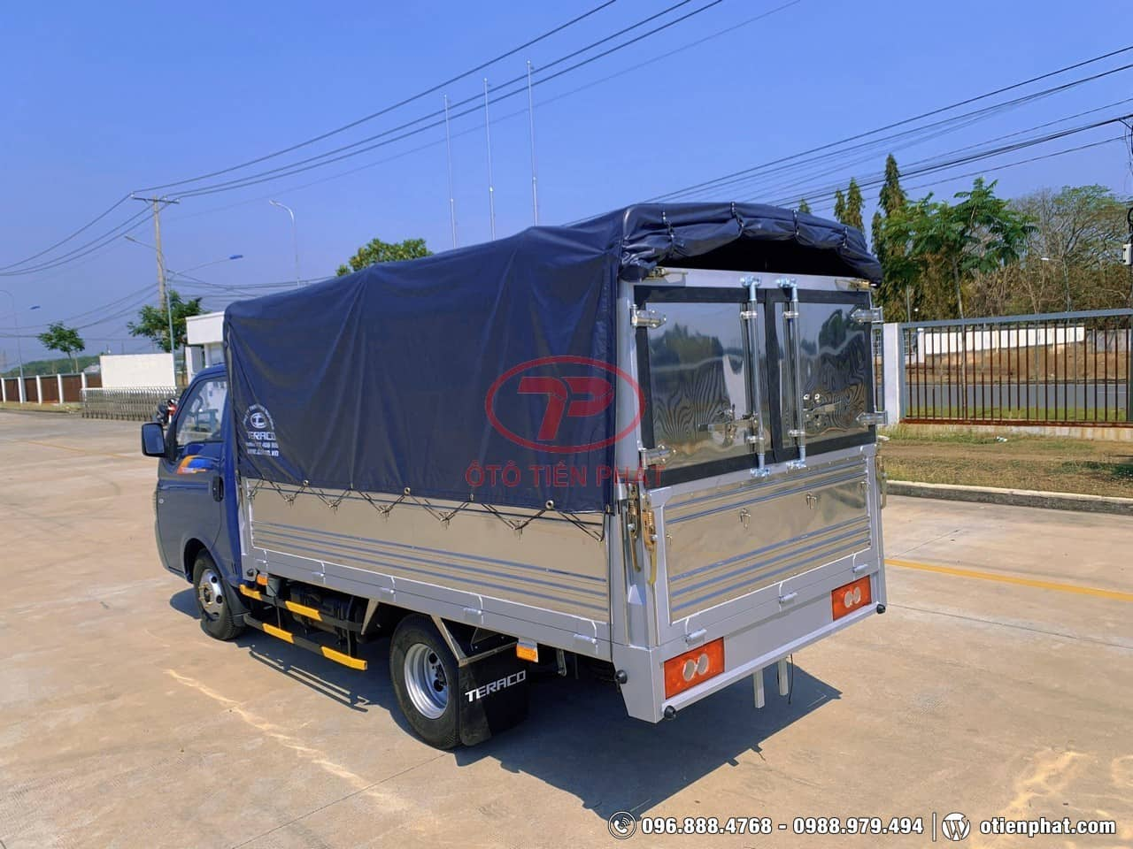 thùng xe tải Teraco 150